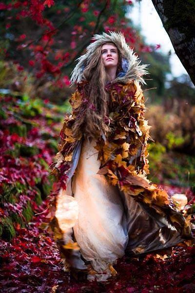 Amanda Randell and the leaf cloak…