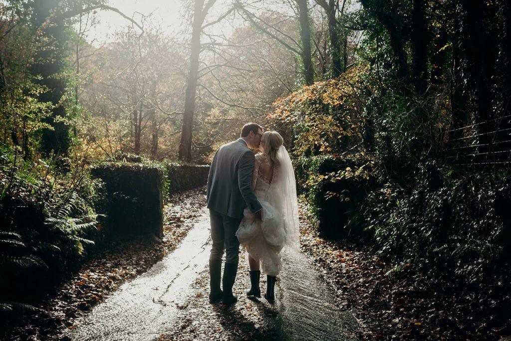 bride and groom rear shoot sunlight