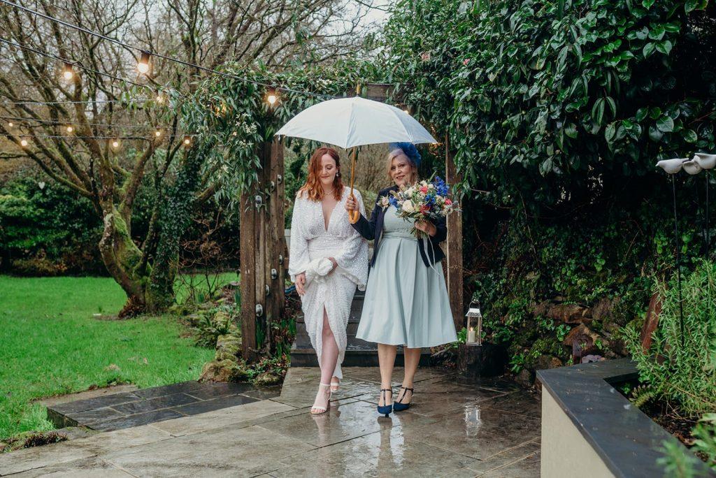 bride & mum walking aisle