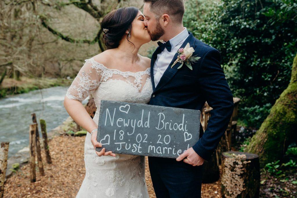 bride & groom just married sign