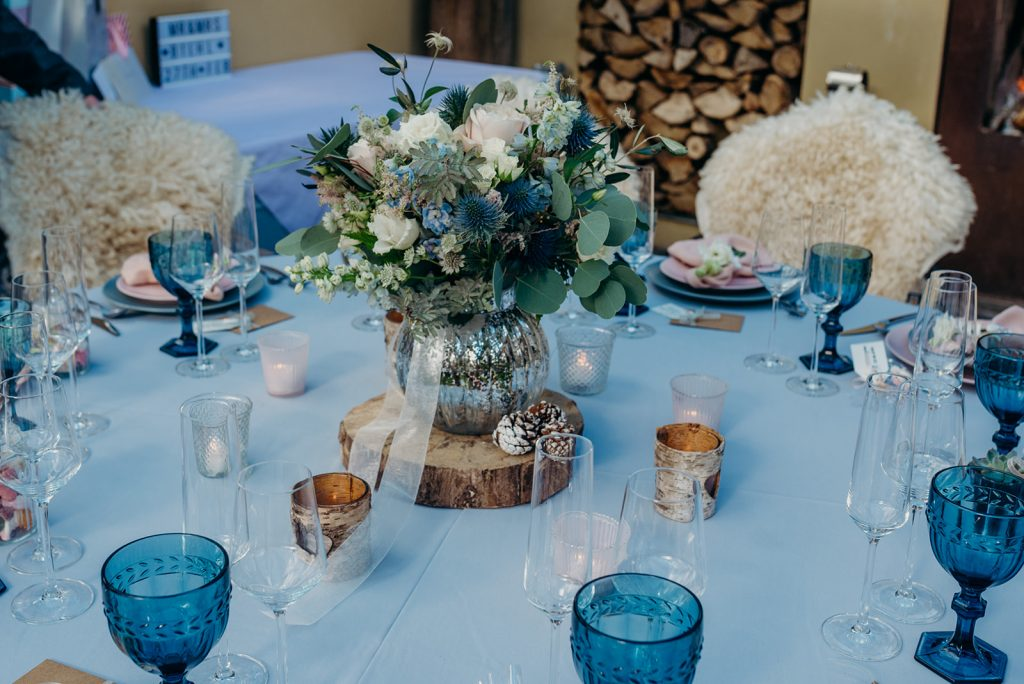 elopement table set up