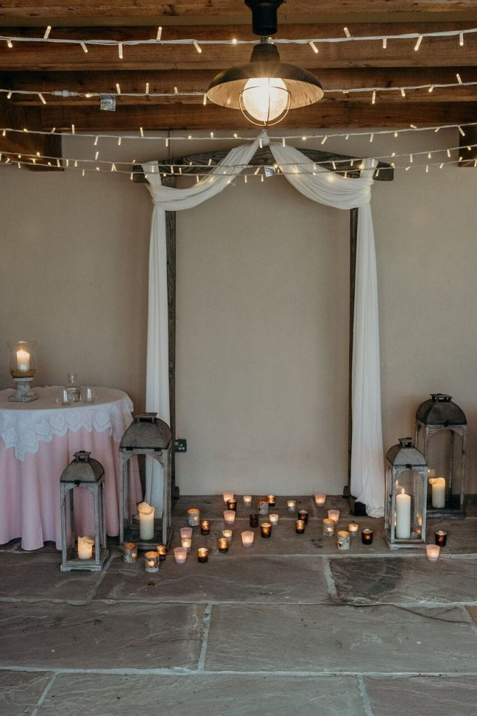 styling it right november elopement recap ceremony arch