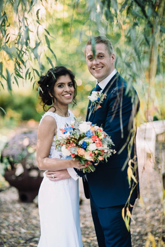 bride groom willow tree colourful bouquet