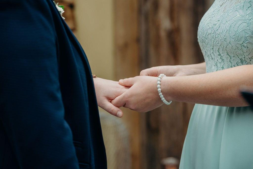 ring exchange close up