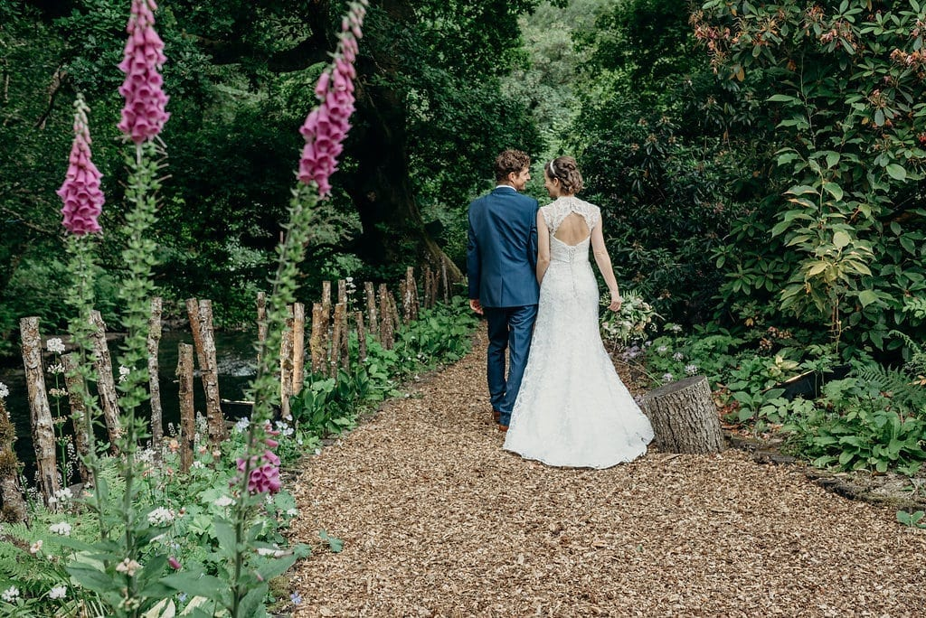 summer elopement at ever after nicola & steve