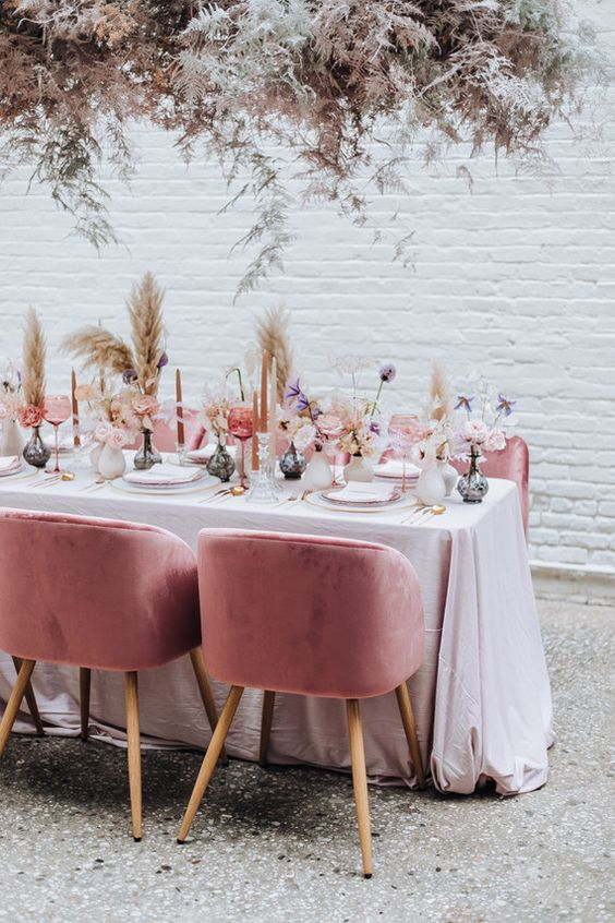 pampas table decor, wild, romantic, ever after, wedding, trends, 2019