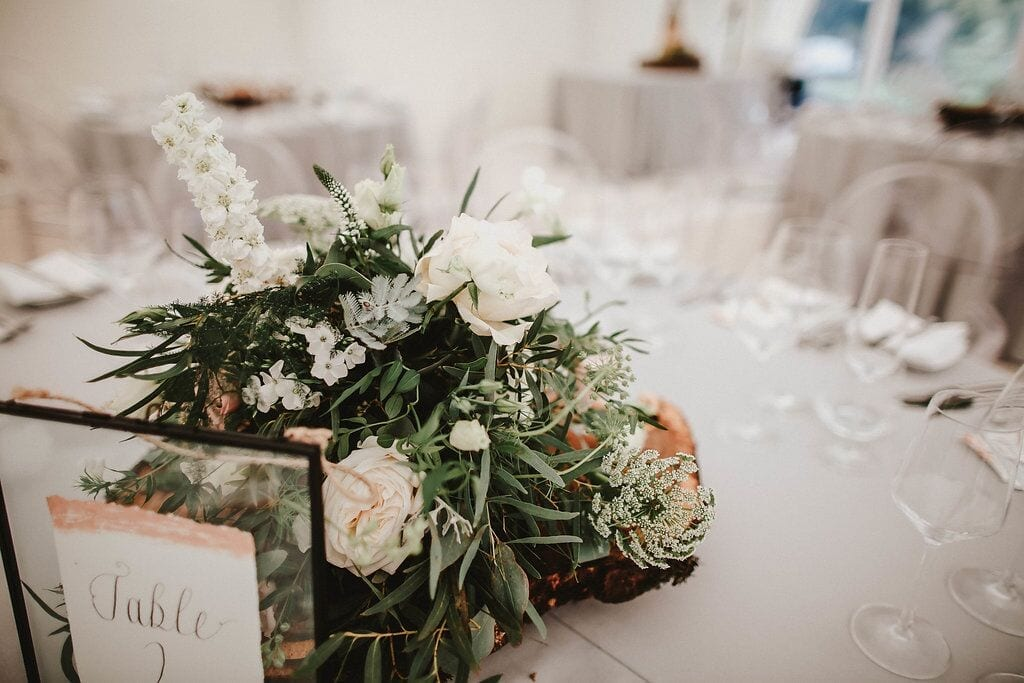 Centrepiece flowers and table garlands – Floral inspiration #4