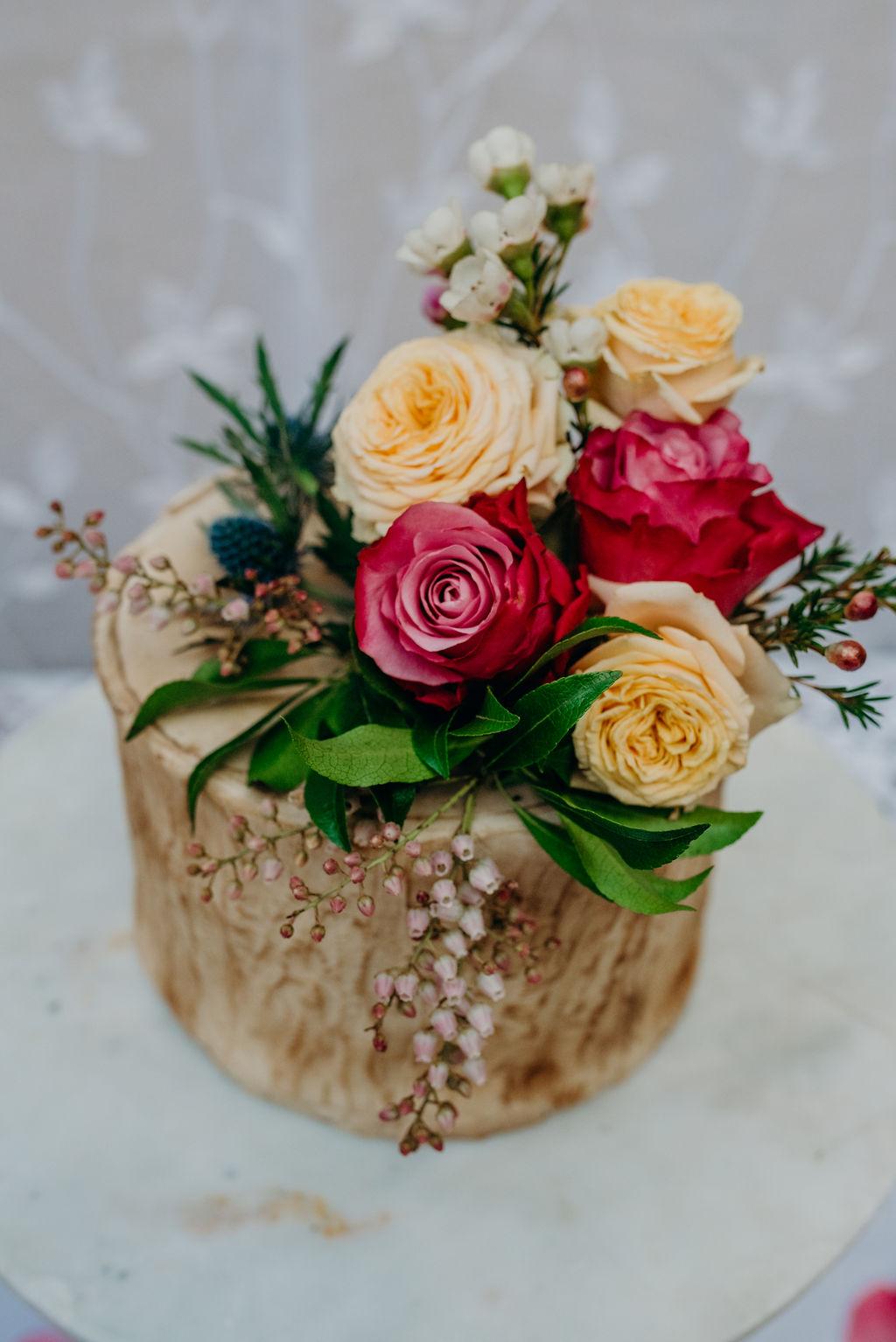 natural, cake, looks like a log, magic, harrie's creations, flowers, beautiful