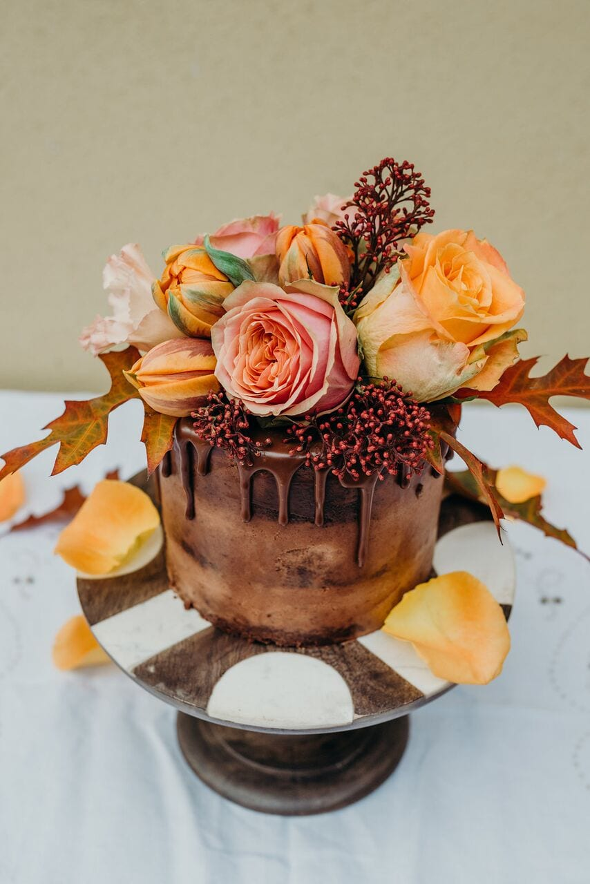 Chocolate, drip, orange, flowers, cake, boo to a goose, harrie, decor, wedding, ever after cakes