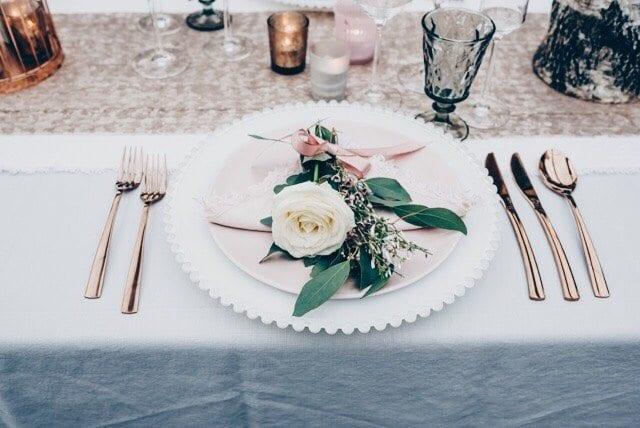 georgia's wedding blog table setup