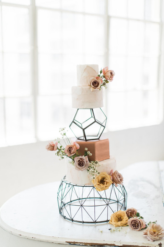 geo, flowers, style, ever after, cake, layers, gaps, standing, structure, hexagon, bees, geometric, beautiful, stunning, tiers, height, decoration, show stopper, effective,