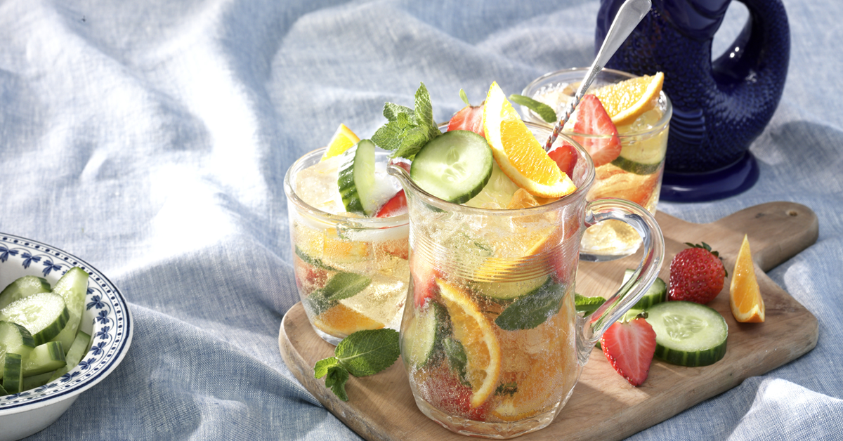 gluggle jug punch, summer in a cup, delicious, hot summer days, cocktail, irresistible, fruity, cocktail