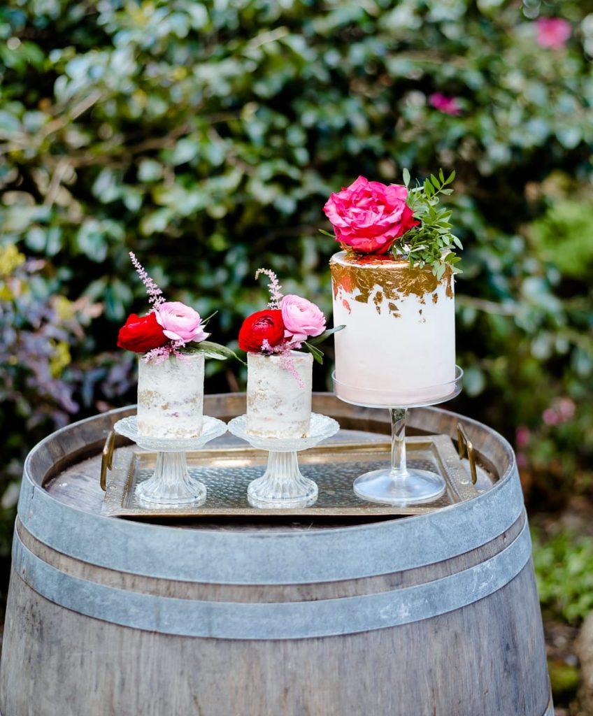 edible essence 3 mini wedding cakes white pink gold flowers