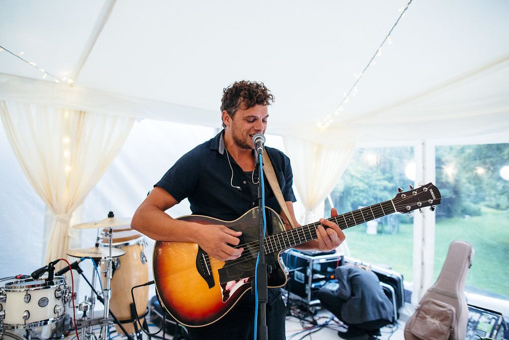 singer, live, acoustic, guitar, band, dancing, party, soul, groove, wedding, freckle photography